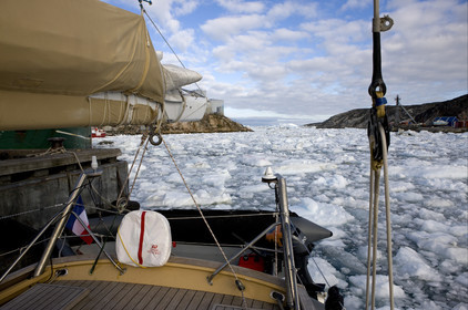 Schooner LA LOUISE sailing on west coast of Greenland.