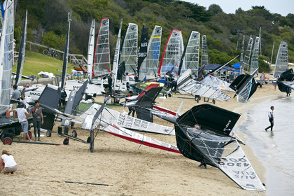2015 McDougall + McConaghy Moth Worlds. Sorrento - VIC AUSTRALIA  . 6 16 January 2015. Organize by Sorrento Sailing Couta Boat Club.