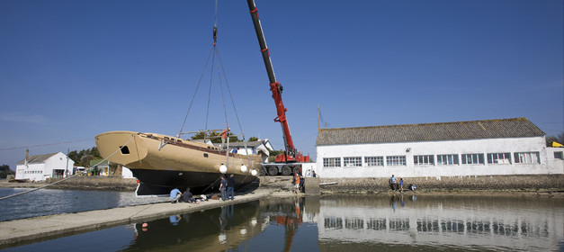 Launch of Thierry Dubois (FRA) new schooner LA LOUISE